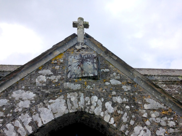 Boconnoc Parish Church: the sundial (1710)