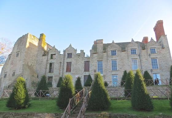 Hay Castle 1
