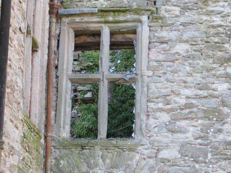Hay Castle 10