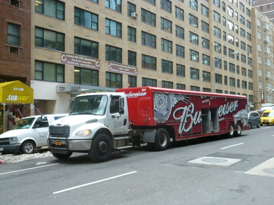 NYC Transport - Bud Lorry