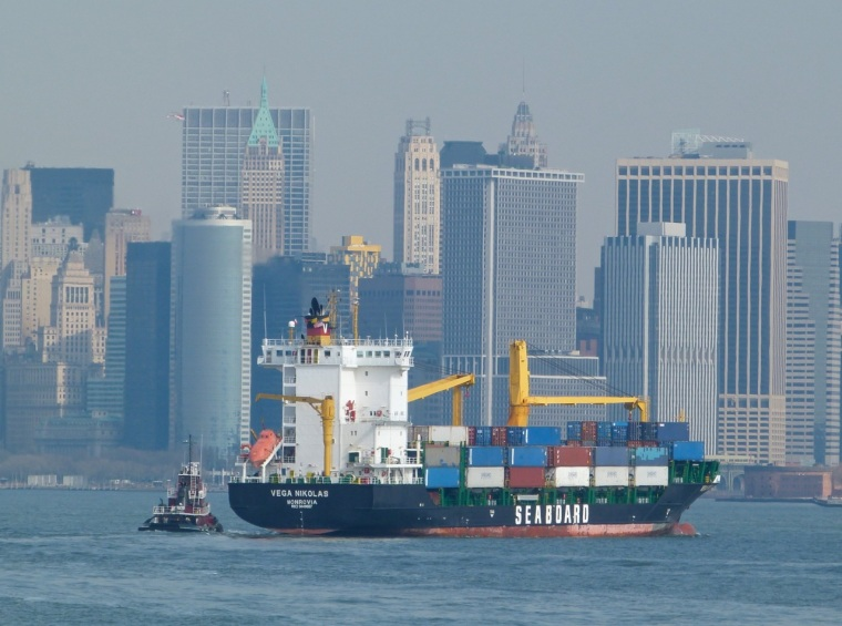 NYC Transport - Container Ship