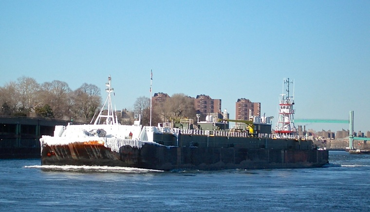 NYC Transport - Frozen Freighter