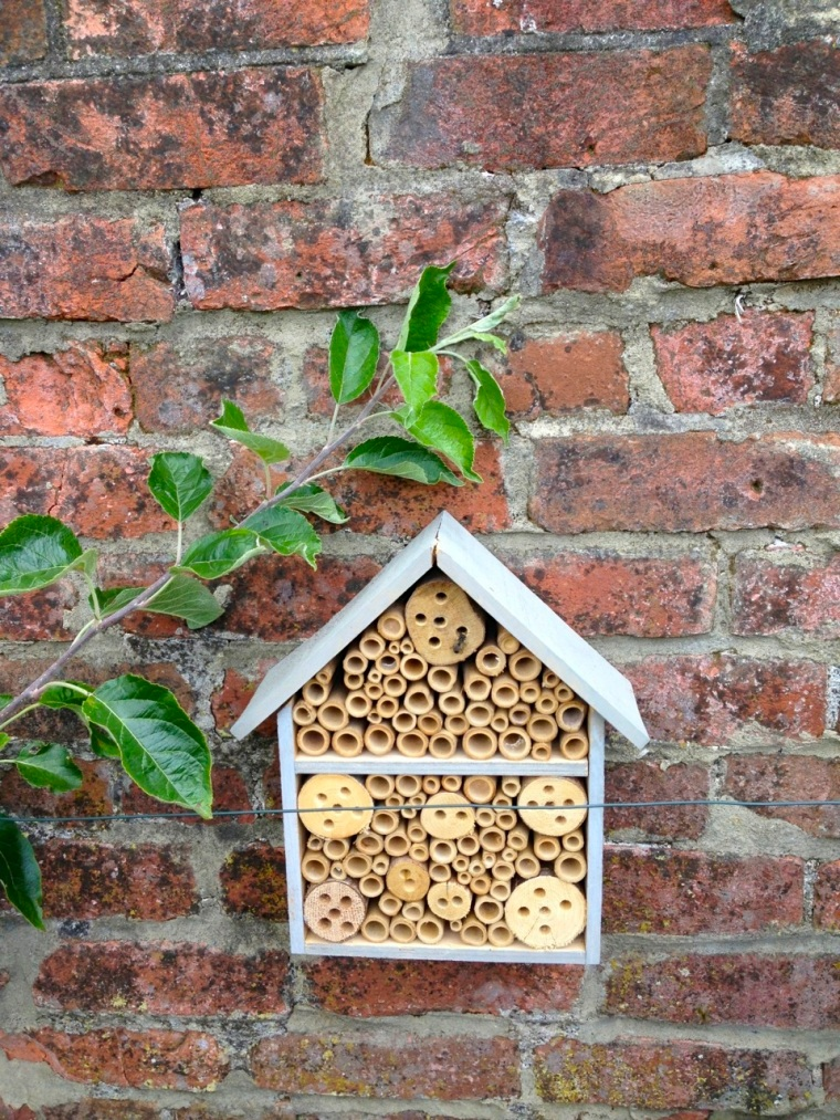Bee House, Totnell 3