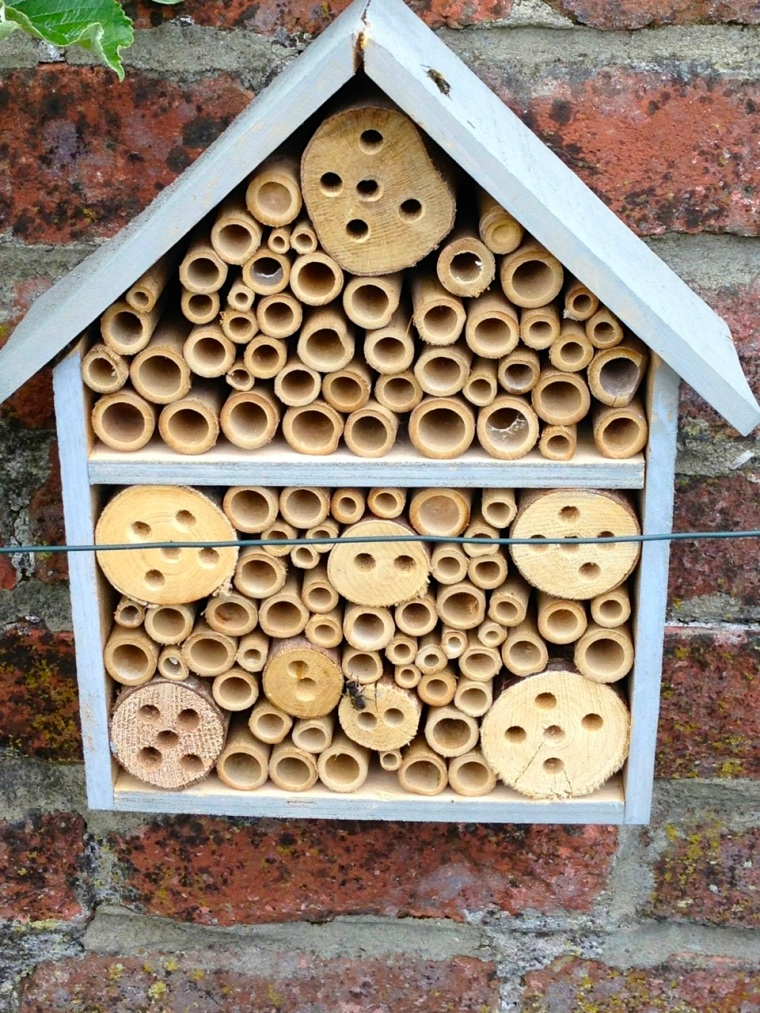 Bee House, Totnell 4