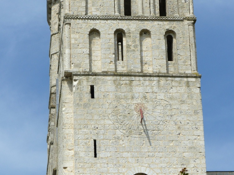 Mass (Scratch) Dial, Jumieges Abbey, France 4