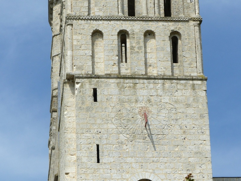 Mass (Scratch) Sundial, Jumieges Abbey, France 4