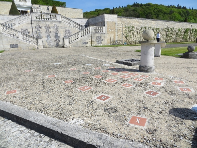 St Georges de Boscherville Sundial 1.1. 4