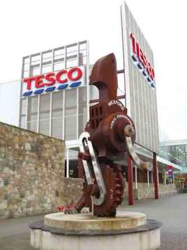 tesco_pierce-copy