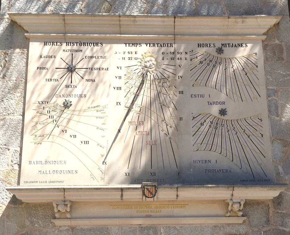Multiple Vertical Sundial, Lluc Monastery, Mallorca (Keith Salvesen)